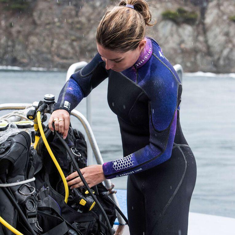 AquaFlex 5mm Wetsuit - Women, Black/Twilight, hi-res image number 4